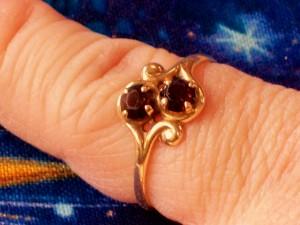 product garnet ring