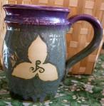 050114 mug trillium