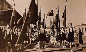 feast 0519 Ataturk Festival_of_Youth_and_Sports,_1939,_Turkey