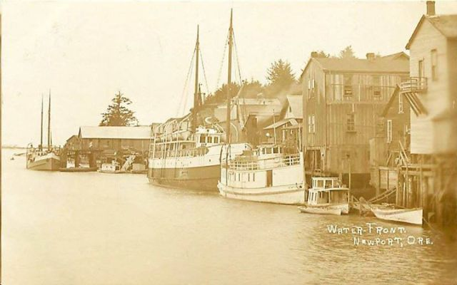 Newport waterfront 1915