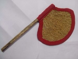 Hand Fan made of cuscus plant by Thamizhpparithi Maari Own work Licensed under CC BY-SA 30 via Wikimedia Commons