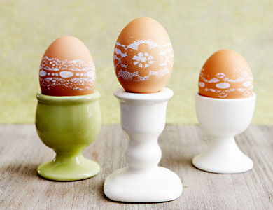 Lace-Patterned Eggs