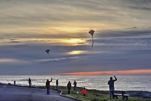 121816-ken-gagne-kites-yachats